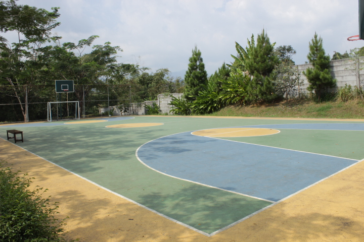 3g resort lapangan basket untuk games outbound